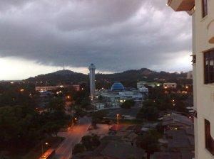 Langit Terengganu dari balkoni hotel