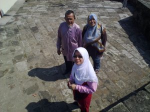 Faiz wit family