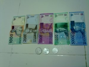 duit yg tinggal - lagi 500 rupiah jumpa masa basuh baju