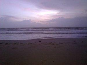 pantai waktu pagi
