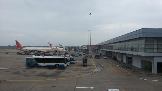 Macam airport Subang je