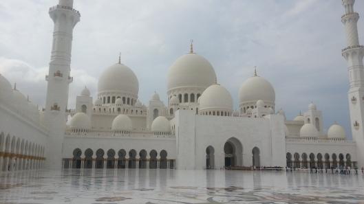 Ruang tengah masjid. Waktu time melawat ni ditutup tapi kalau waktu solat jumaat dan raya mungkin diorang buka