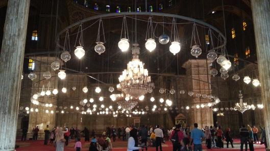 Interior dlm Masjid Ali Pasha